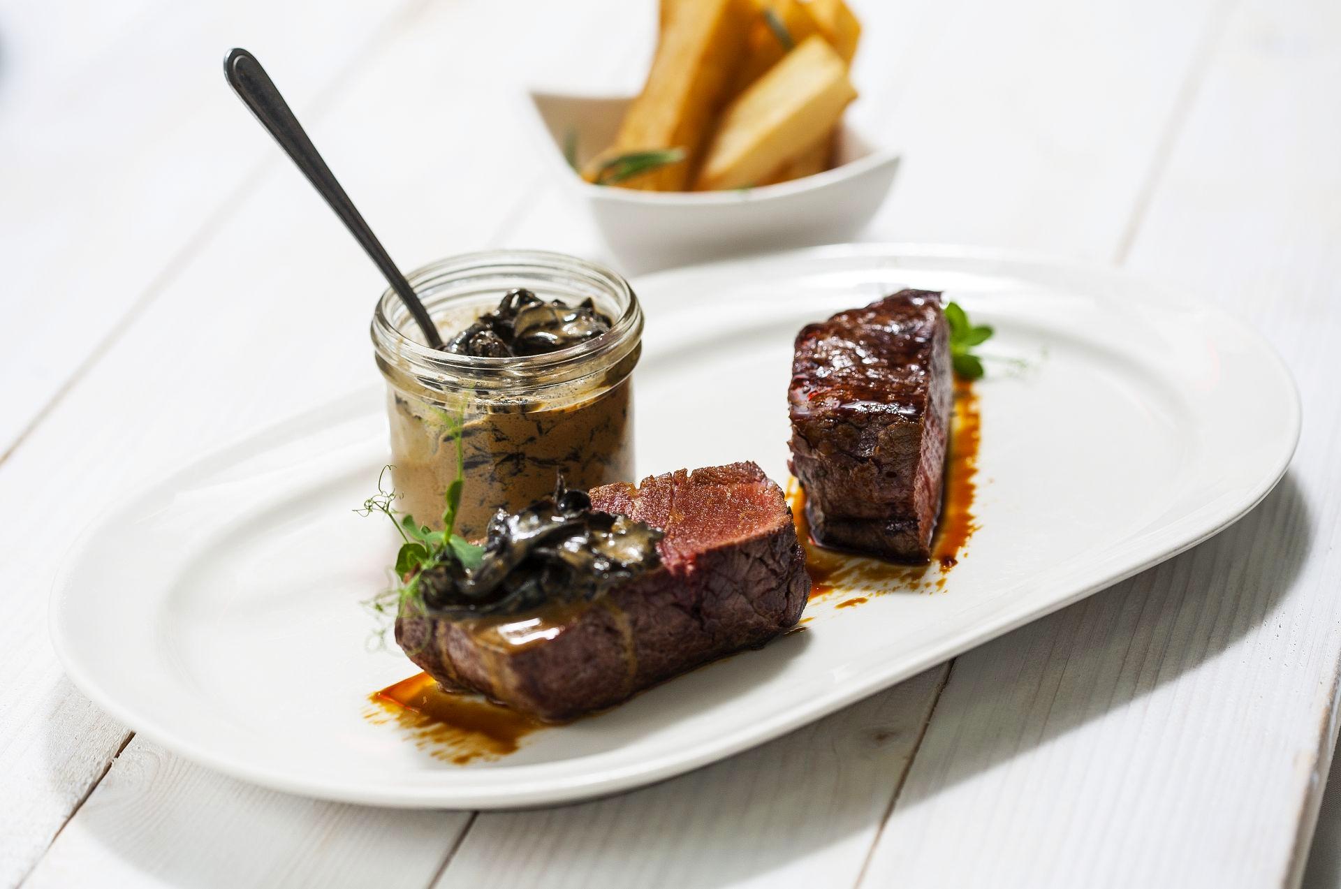 Esplanade-Zagreb-Hotel-Le-Bistro-Food-15