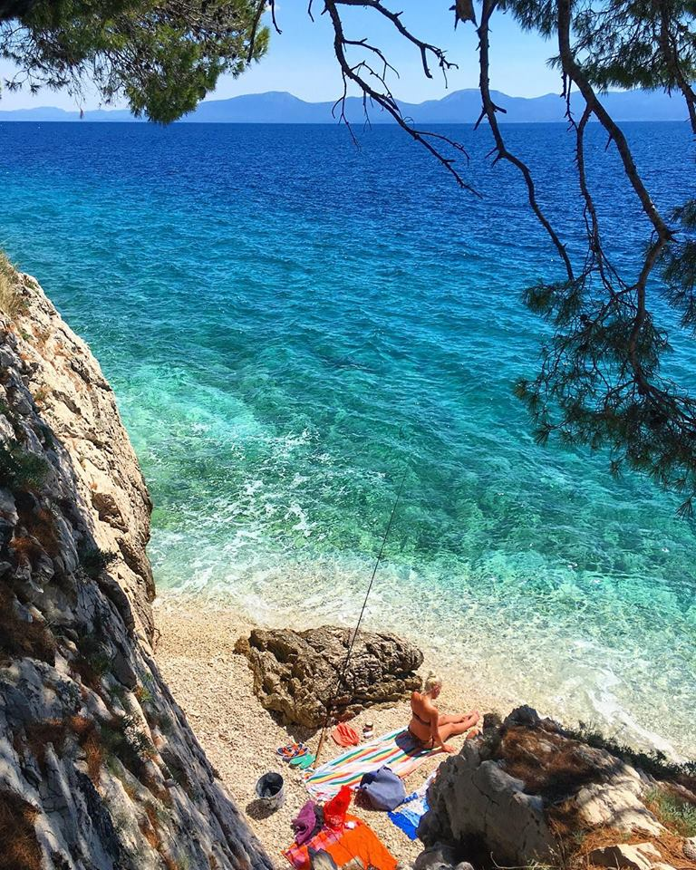 Zaostrog Hidden Beach