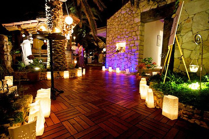 restaurant-zori-palmizana-03-1366639821_huge